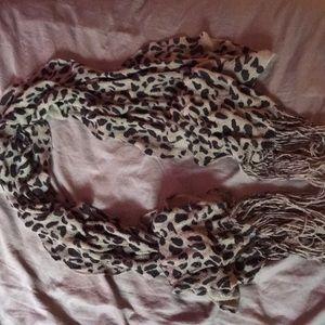 Cute leopard print scarf